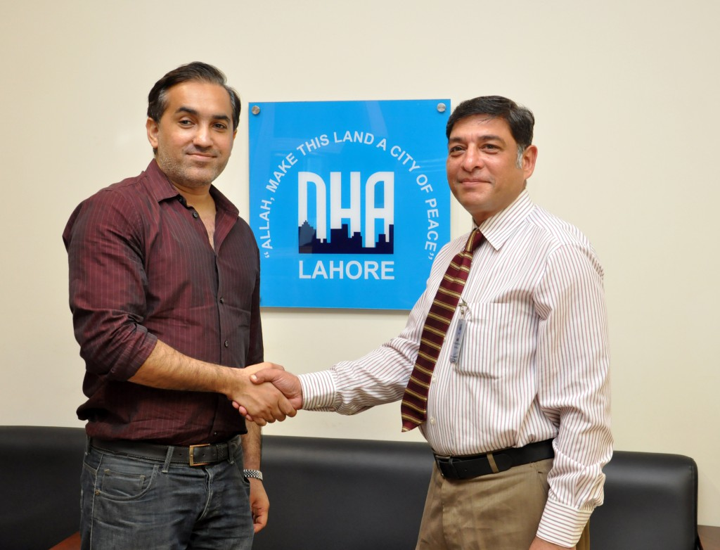 CEO-Zameen.com-Zeeshan-Ali-Khan-with-Additional-Director-Marketing-DHA-Ahmed-Arif-Makhdumi